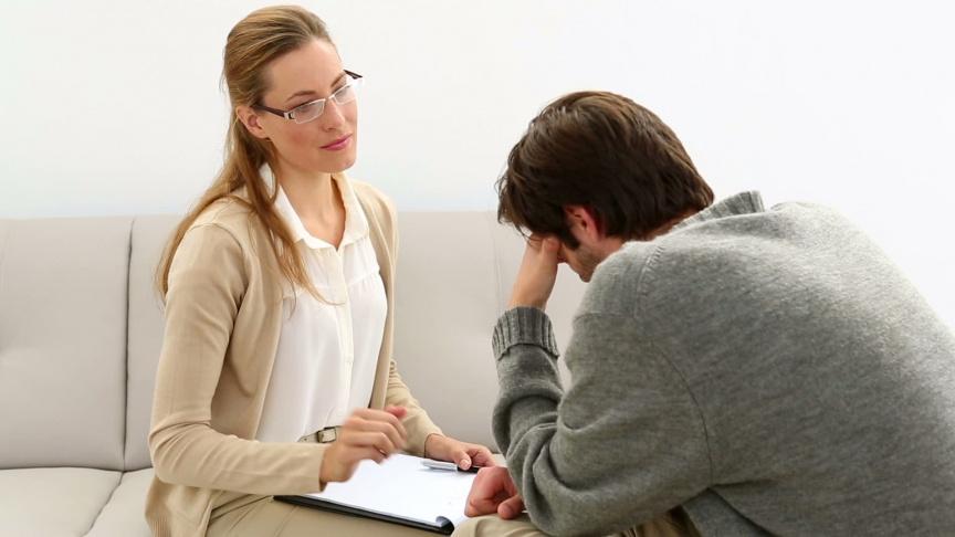Psychoterapeuta – korzyści z leczenia u specjalisty